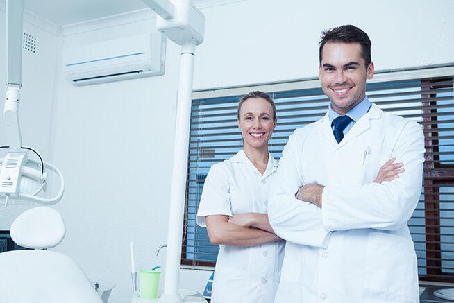 Pós Graduação em Aperfeiçoamento em Cirurgias Estéticas Periodontais (Prof. Dr. Luiz Gustavo Nascimento de Melo)
