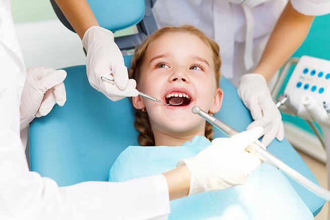 Pós Graduação em Odontopediatria ( Prof. Carlos Rodolfo Mohn Neto)